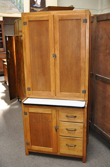 Standing Kitchen Cabinets With Drawers