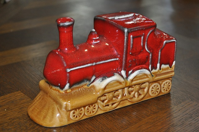 Item #D27 Vintage Ceramic Train Bank c.1970's