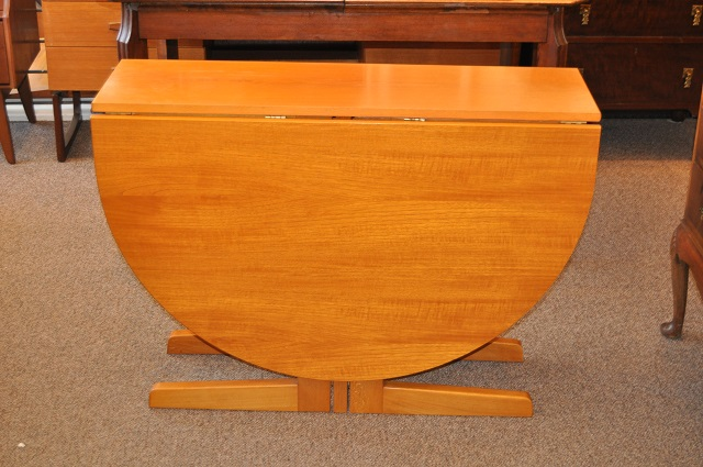 Item #J1577b Vintage Drop Leaf Dining Table on Pedestal Base c.1970s