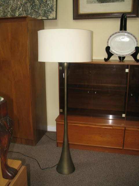 Item #SS55 Free Standing Modernist Floor Lamp