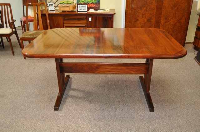 Item #K1823 Vintage Extending Rosewood Dining Table