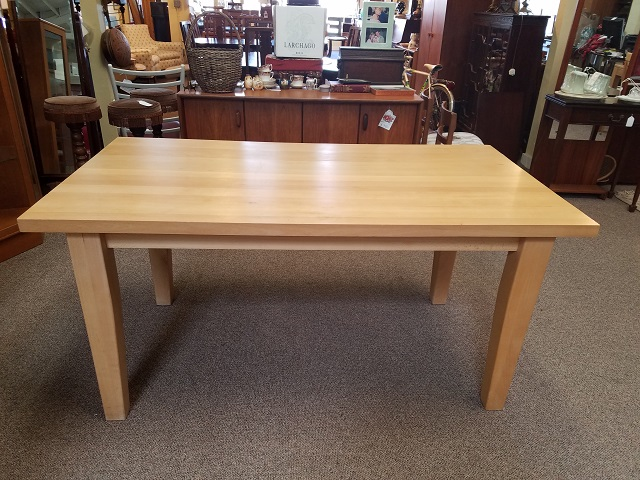 Item #F623 Vintage Maple Farmhouse Dining Table