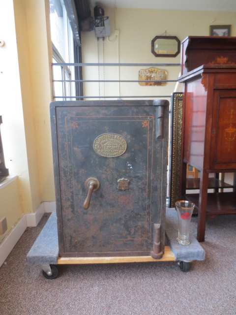 F575 Griffiths & Sons Steel Safe c. 1920's