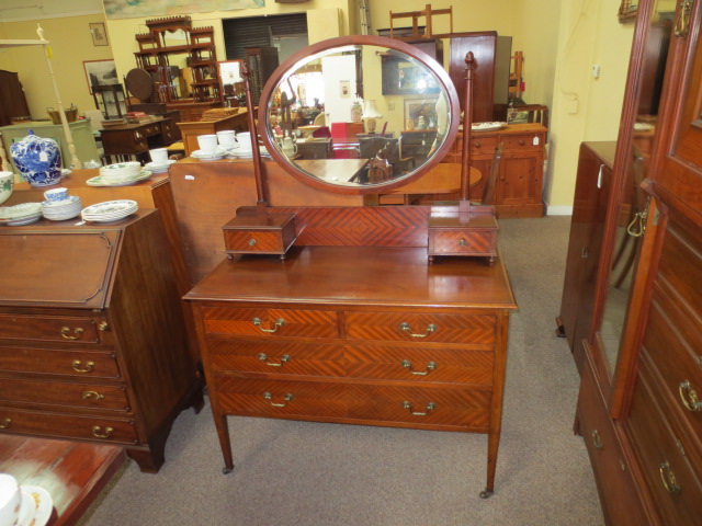F145 Mahogany Cross Banded Dressing Chest with Mirror