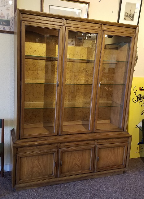 Item #DR1 Vintage Display Hutch c.1970
