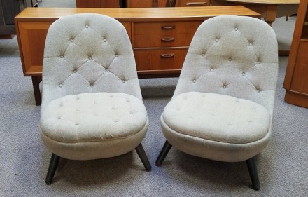 Item #O2300 Pair of Mid Modern Button Back Upholstered Pod Chairs c.1960s