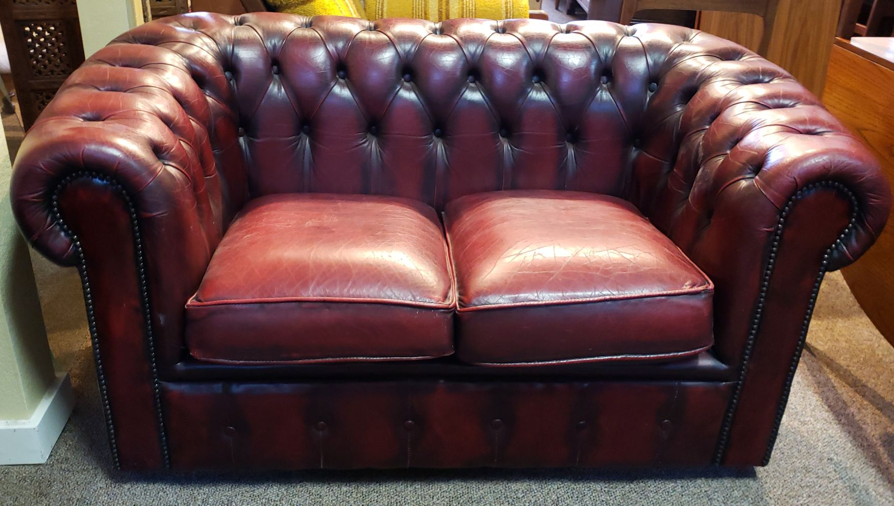 Picture of: Item Ma44b Vintage Red Burgundy Leather Chesterfield Sofa Mccarneys Furniture